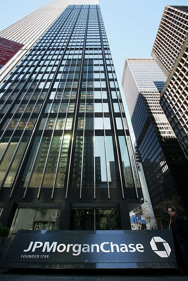 NEW YORK - FILE:  The offices of JP Morgan Chase on March 17, 2008 in New York City.  JPMorgan Chase announced April 13, 2011 a 67 percent rise in earnings, making $5.6 billion,  in the the first quarter of 2011. Photo: Michael Nagle, Getty Images