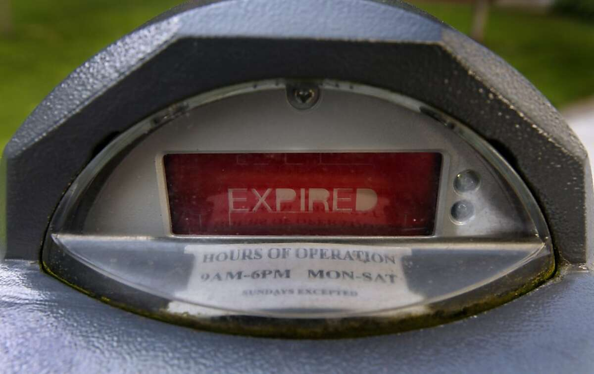 A parking meter on Washington Street flashes a word that most drivers dislike in San Francisco, Calif., on Wednesday, Oct. 6, 2010.