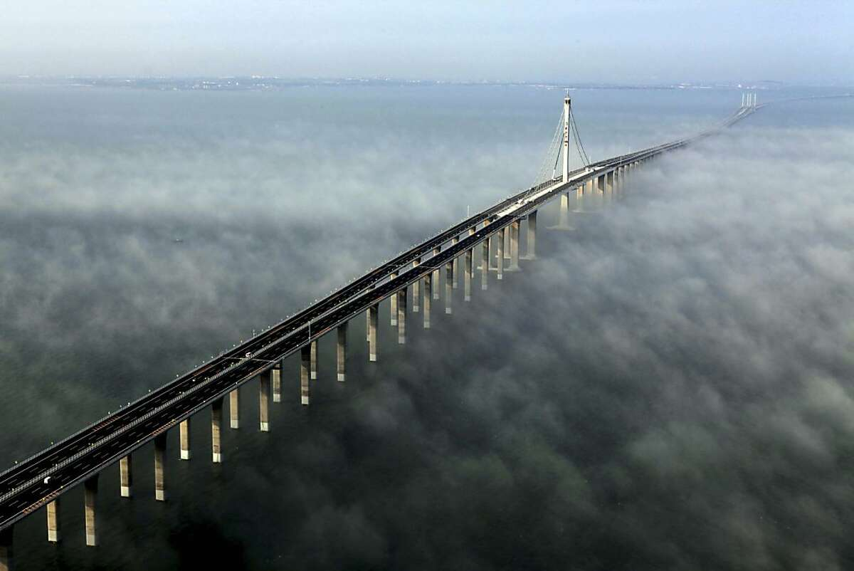 10. Jiaozhou Bay Bridge, China Cost of bridge: $1.5 billion Length: 87,621 feet Source: Insider Monkey