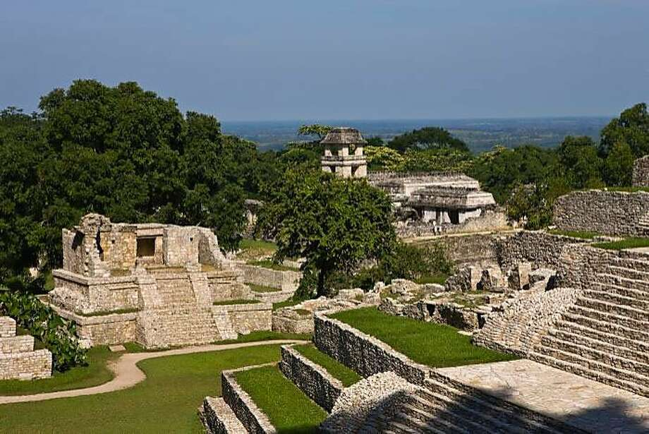 Palenque, one of the Maya cities of the Classic period, created new buildings to mark the occasion of the turn of ka'tun 13, which ended the late Classic period on March 13, 692. Photo: Ricardo Espinosa, Mexico Tourism Board