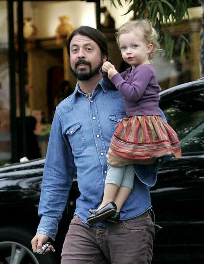 Photo of Dave Grohl & his  Daughter  Violet Maye Grohl