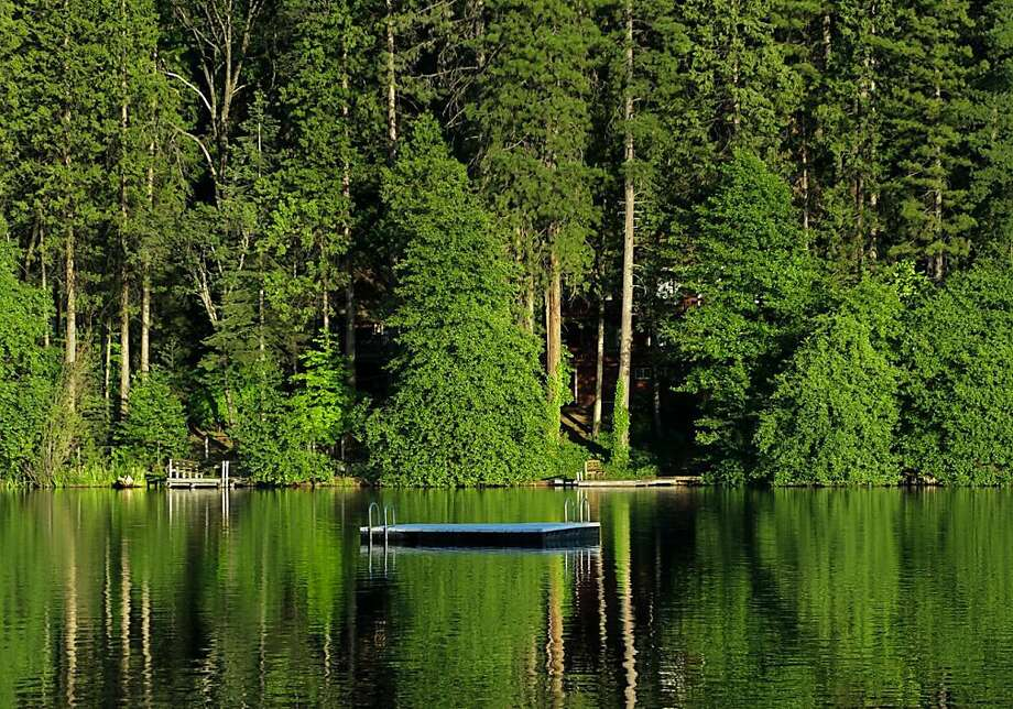 Twain Harte lake Photo: Chris Hardy, Special To The Chronicle