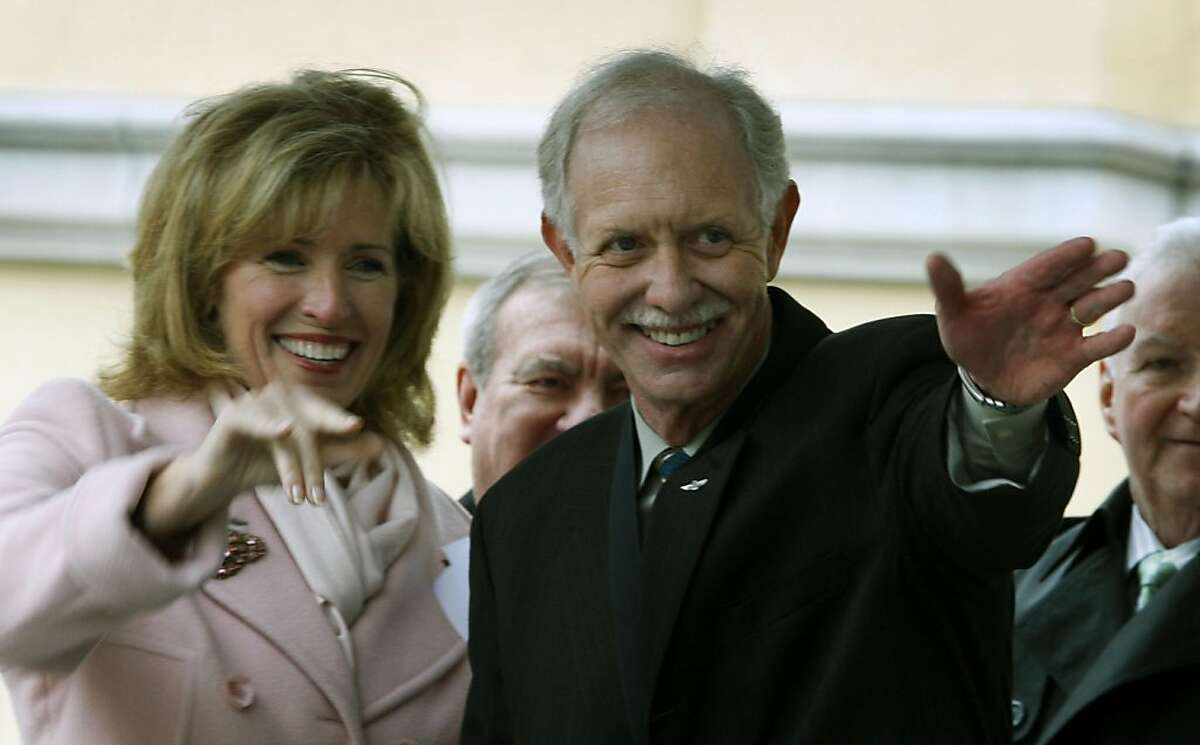 """Chesley """"Sully"""" Sullenberger and his wife Lorrie Sullenberger in Danville in 2009."""