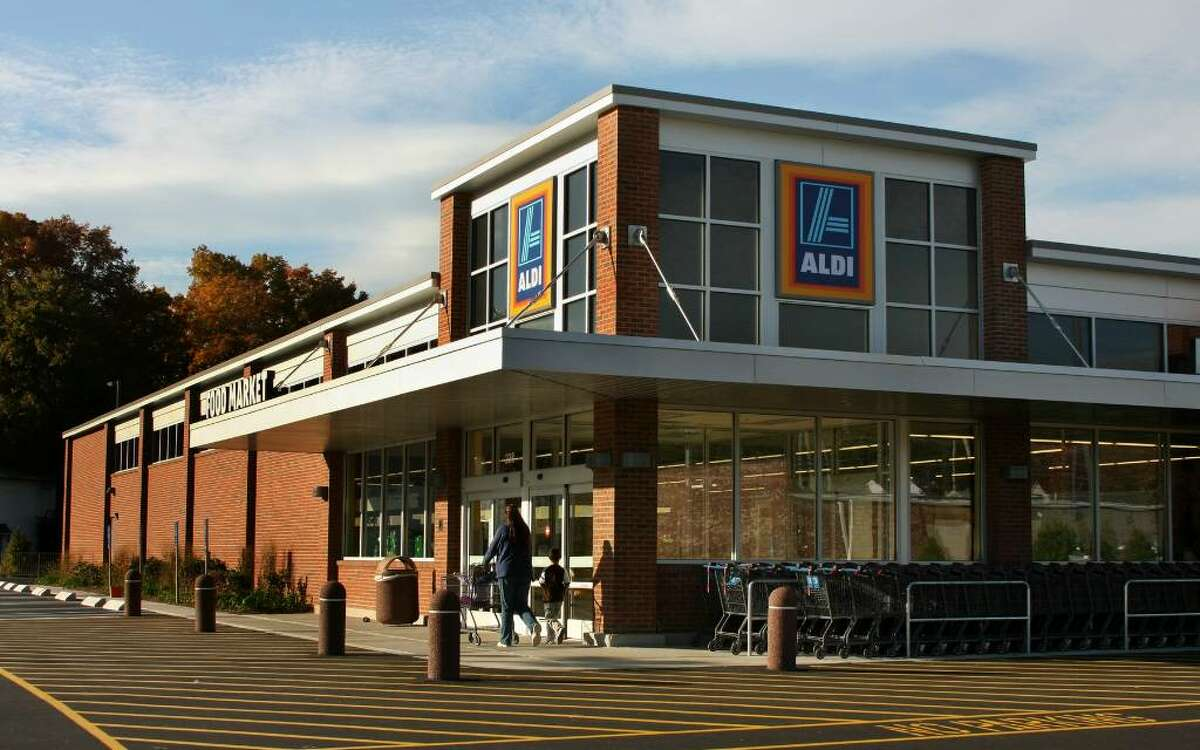 The new Aldi's store along Boston Post Road in Milford, Conn. on Thursday Oct. 22, 2009.