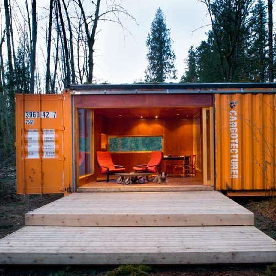 The c320 Studio was commissioned in 2005 by the owner of an organic farm in the Pacific Northwest. Hybrid designed this 320-square-foot retreat for the property?s most scenic corner, providing a sort of escape without leaving town. Photo: Lara Swimmer, Sunset Magazine