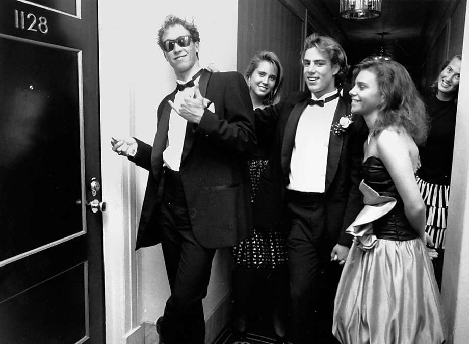 Alex Espinosa (left) and Chris Cormier with their dates try to enter a hotel room for their prom. Nobody answered. The party was told to leave by hotel management.Alex Espinosa (left) and Chris Cormier with their dates try to enter a hotel room for their prom. Nobody answered. The party was told to leave by hotel management.  Photo taken 5/14/1989 Photo: Liz Hafalia, The Chronicle