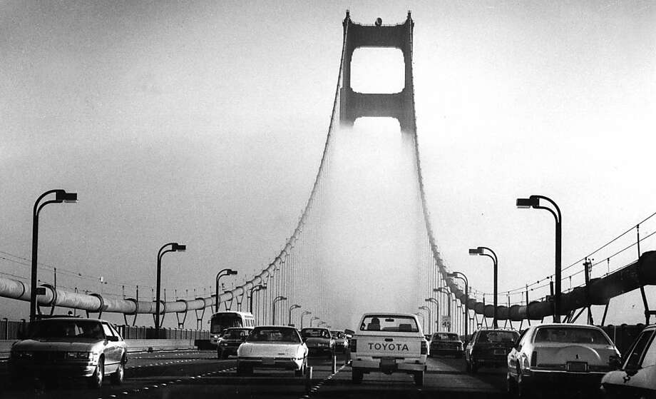 Oct 6, 1986 - A blanket of fog came in on the Golden Gate Bridge late in the afternoon. Photo: Deanne Fitzmaurice, The Chronicle
