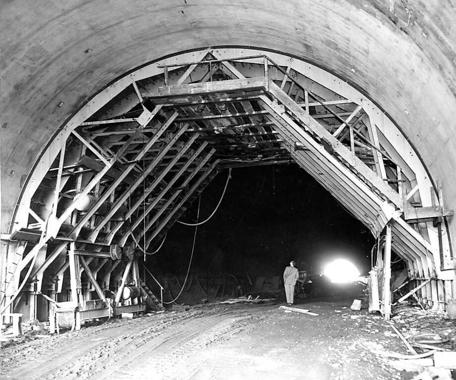 Sept 9 1954 - The nearly completed overpass at Spencer Avenue, a bit north of the tunnel, will give Sausalito new access to the highway. Photo: Ken McLaughlin, The Chronicle