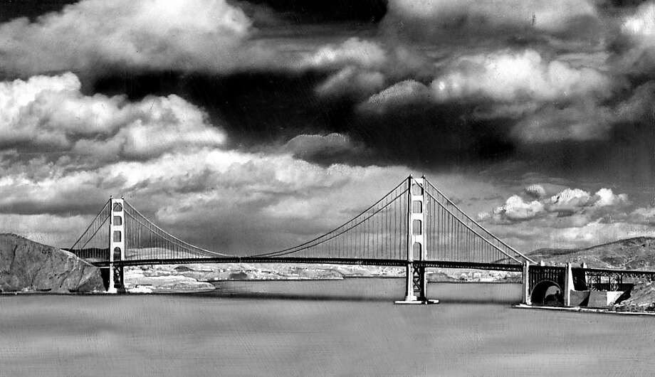 The bridge photographed on Nov 20, 1946. Photo: Bob Campbell, The Chronicle
