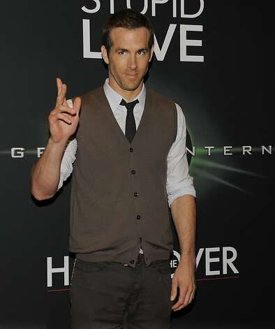 Ryan Reynolds Upcoming Movies on Ryan Reynolds  Star Of The Upcoming Warner Bros  Film  Green Lantern
