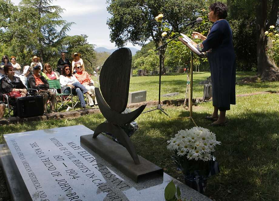 Dr. Susheel Bibbs, a Mary Ellen Pleasant scholar, speaks at the gravestone dedication for Mary Ellen Pleasant, a prominent figure in the Civil Rights movement at Tulocay Cemetery in Napa, Calif., on Saturday, June 11, 2011. Dr. Bibbs has done international research on Pleasant as well enactments (chautauquas), based on her research. Photo: Michelle Terris, The Chronicle