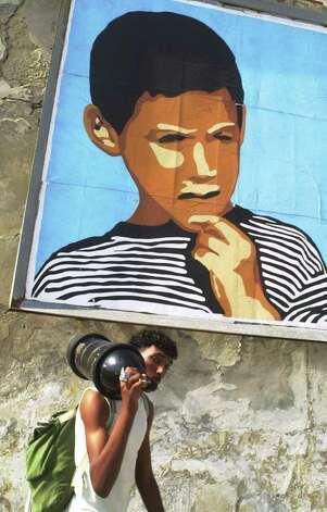 an introduction to the case of elian gonzalez a cuban boy Detailing how the elián case ruptured the myth of cuban exile  the eliÁn gonzÁlez discursive template  the fantastic adventures of elian gonzalez,.