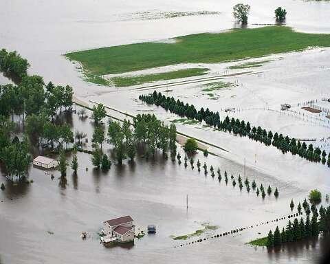 North Dakota bracing for floods - SFGate