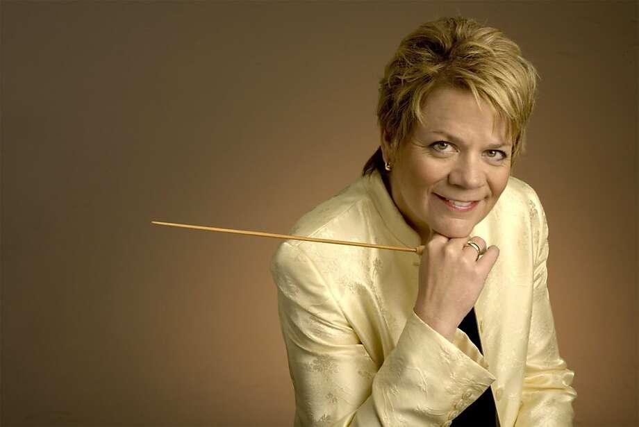 Conductor Marin Alsop Photo: R.R. Jones