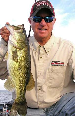 Toledo bend fishing report beaumont enterprise for Joe joslin fishing report