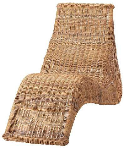 Rattan chaise longues from anthropologie and ikea sfgate for Chaise longue rattan sintetico