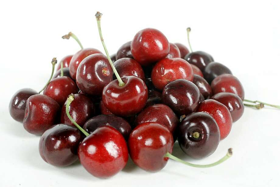 Cherries are now in the middle of their season. Photo: Katy Raddatz, The Chronicle 2006