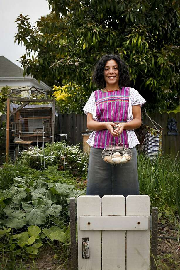 Esperanza Pallana, seen in her Oakland, Calif., backyard on Friday, June 3, 2011, is an urban homesteader. Photo: Russell Yip, The Chronicle