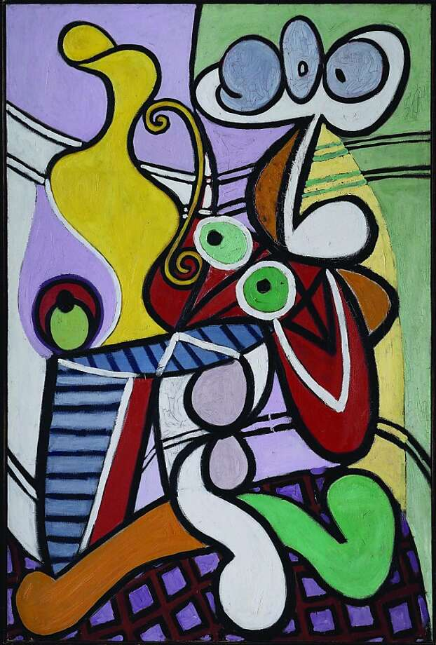"Pablo Picasso ""Large Still Life with a Pedestal Table"" Oil on canvas. 1931 From the Muse National Picasso, Paris. Currently on exhibit at the De Young Museum. Photo: Musée National Picasso"