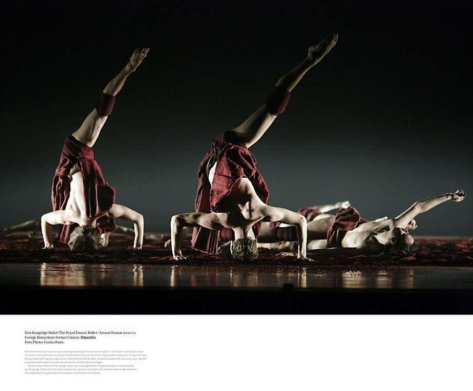 TheRoyalDanishBallet_18_Earth_Credit_CostinRadu.jpg  Pictured: Company members of Royal Danish Ballet perform Earth.  Credit: Costin Radu Photo: Costin Radu