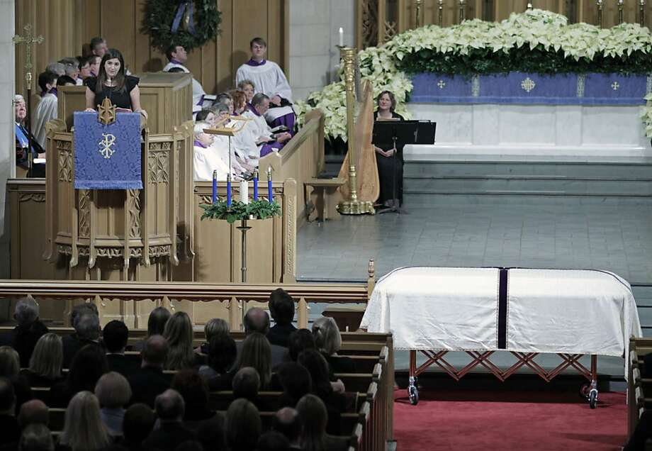 Cate Edwards, oldest daughter of Elizabeth and former Sen. John Edwards, speaks at the funeral services for Elizabeth Edwards at Edenton Street United Methodist Church in Raleigh, N.C., Saturday, Dec. 11, 2010. Edwards died Tuesday of cancer at the age of61. Photo: Robert Willett, AP