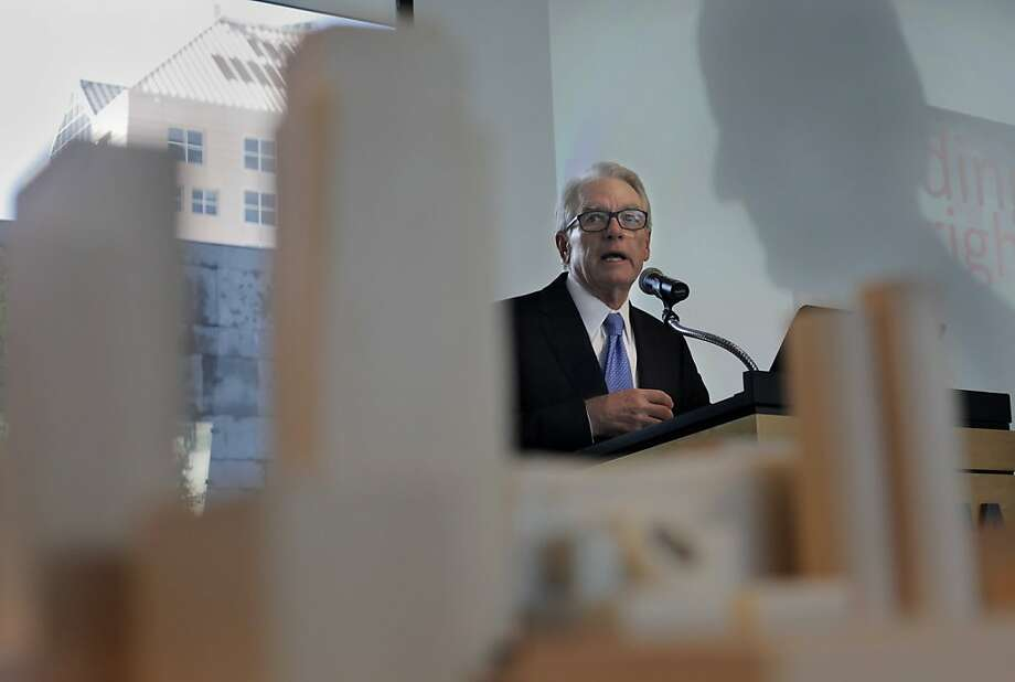 San Francisco Museum of Modern Art  Board Chair Chuck Schwab introduces SFMOMA Director Neal Benezra at the unveiling  the new SFMOMA wing design, Wednesday May 25, 2011, in San Francisco, Calif. Photo: Lacy Atkins, The Chronicle