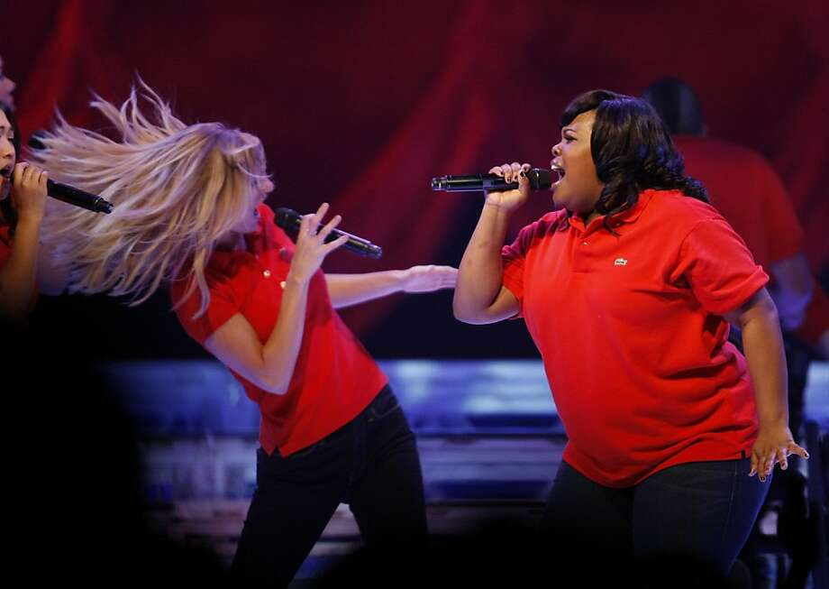 Heather Morris and Amber Riley (left to right) perform together during a live Glee performance at the HP Pavillion in San Jose Calif, on Tuesday, May 24, 2011. Photo: Alex Washburn, The Chronicle