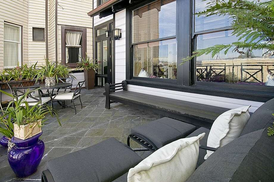 This is an outdoor area at 2380 Vallejo St. Photo: OpenHomesPhotography.com