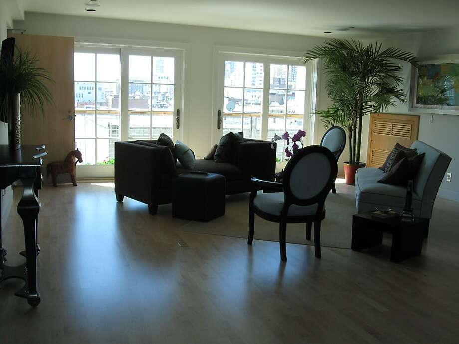 This is the living room at 567 Vallejo. Photo: McGuire Real Estate