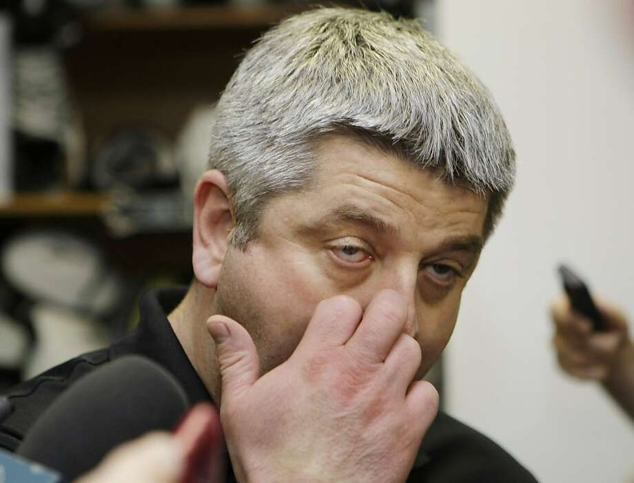 San Jose Sharks head coach Todd McLellan appears at a news conference at the Sharks locker room, Thursday, May 26, 2011, in San Jose, Calif. The Sharks lost to the Vancouver Canucks 3-2 in double overtime to lose in the NHL hockey Stanley Cup playoffs Western Conference finals. Photo: Paul Sakuma, AP