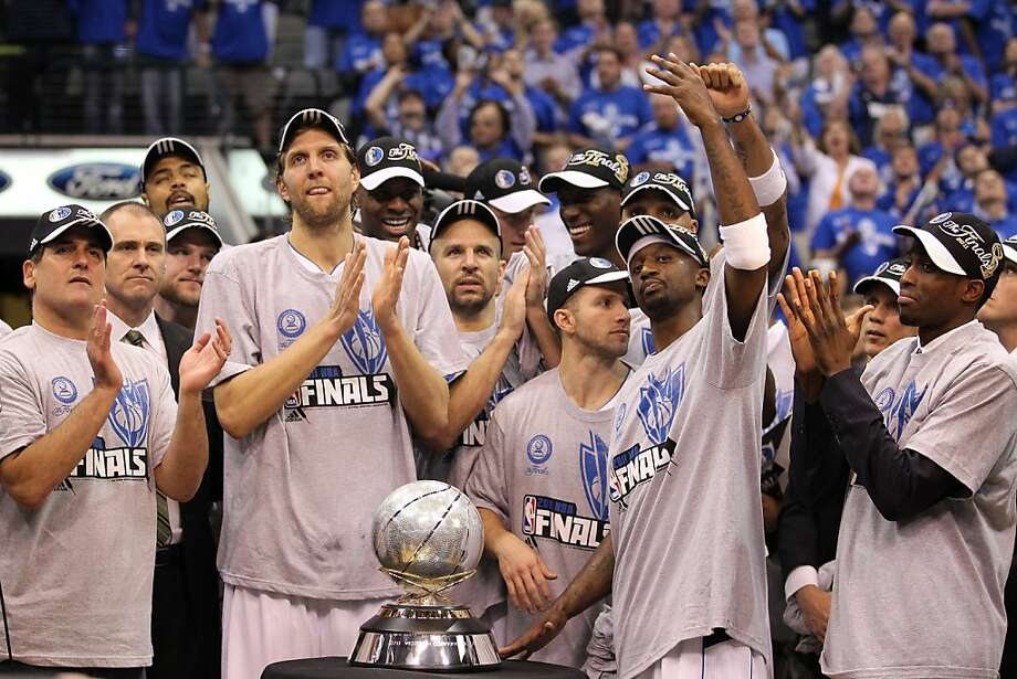 DALLAS, TX - MAY 25:  The Dallas Mavericks celebrate their 100-96 victory against the Oklahoma City Thunder in Game Five of the Western Conference Finals during the 2011 NBA Playoffs at American Airlines Center on May 25, 2011 in Dallas, Texas. NOTE TO USER: User expressly acknowledges and agrees that, by downloading and or using this photograph, User is consenting to the terms and conditions of the Getty Images License Agreement. Photo: Ronald Martinez, Getty Images