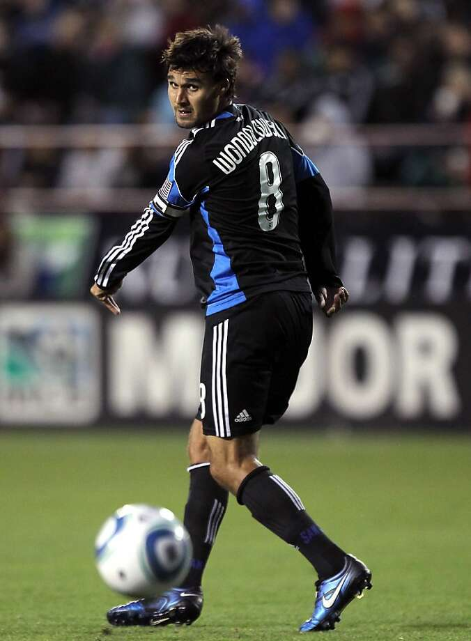 SANTA CLARA, CA - MAY 14:  Chris Wondolowski #8 of the San Jose Earthquakes passes the ball during their game against the Columbus Crew at Buck Shaw Stadium on May 14, 2011 in Santa Clara, California. Photo: Ezra Shaw, Getty Images