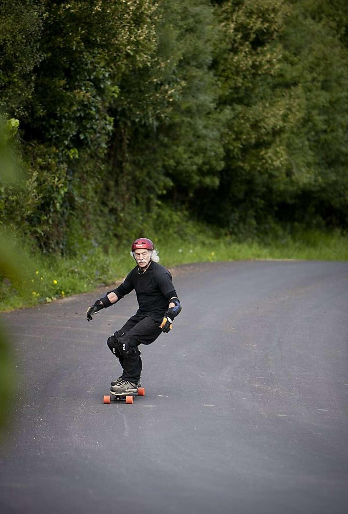 lloyd Kahn, 76-year-old skateboarder