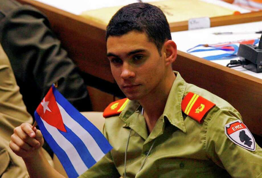 an introduction to the life of elian gonzalez Personality of the boy name elian the number five personality loves the excitement of life and can easily adapt to all situations as natural adventurers, these personalities thrive on the new and unexpected and prefer to be in constant motion.