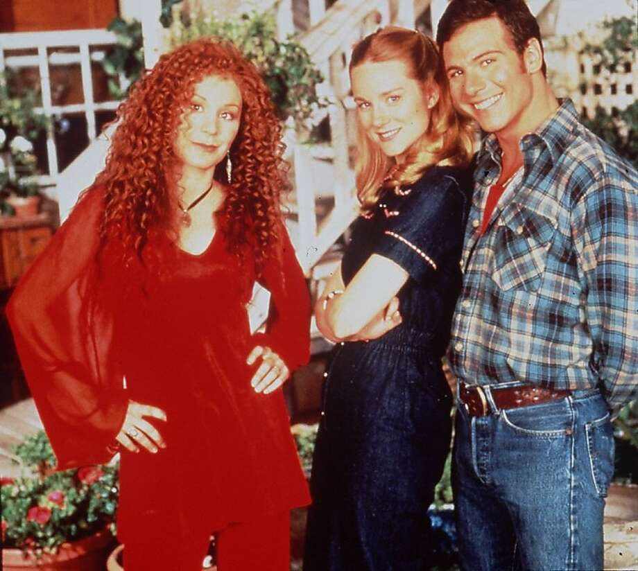 HRONICLE 01/09/94 // CHLOE WEBB LAURA LINNEY AND MARCUS D'AMICO IN TALES OF THE CITY Photo: Pbs