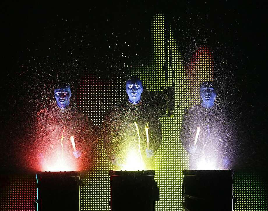 Blue Man Group National Tour Credit photo: ©Paul Kolnik paul@paulkolnik.com nyc  212-362-7778 Photo: Paul Kolnik