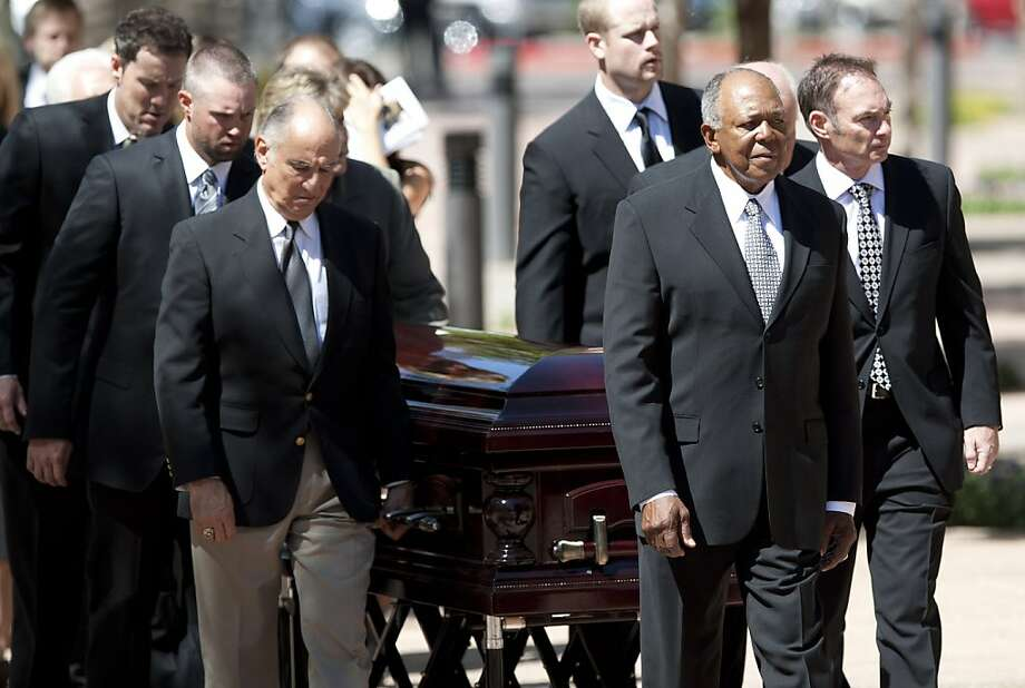 Pall bearers, from left, current Minnesota Twins players Joe Nathan, Michael Cuddyer, former teammate Frank Quilici, current Twins player Justin Morneau, Twins manager Ron Gardenhire, Paul Molitor, right, follow former Twins player Tony Oliva, as they lead the casket of baseball great Harmon Killebrew  during the processional for his funeral at Christ's Church of the Valley, Friday, May 20, 2011, in Peoria, Ariz. Photo: David Wallace, Associated Press