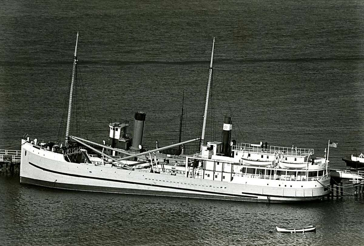 The historic steam schooner Wapama at the Hyde Street Pier of the National Maritime Musem, Golden Gate National Recreation Area. Janurary 25, 1979