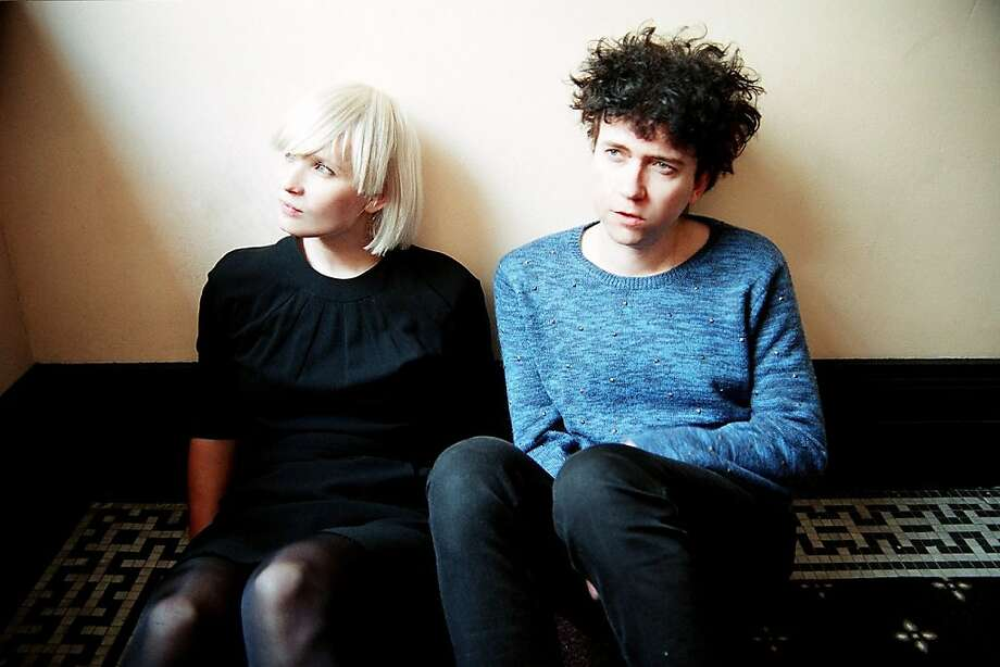 THE RAVEONETTES Photo: Ashlie & Amber Chavez