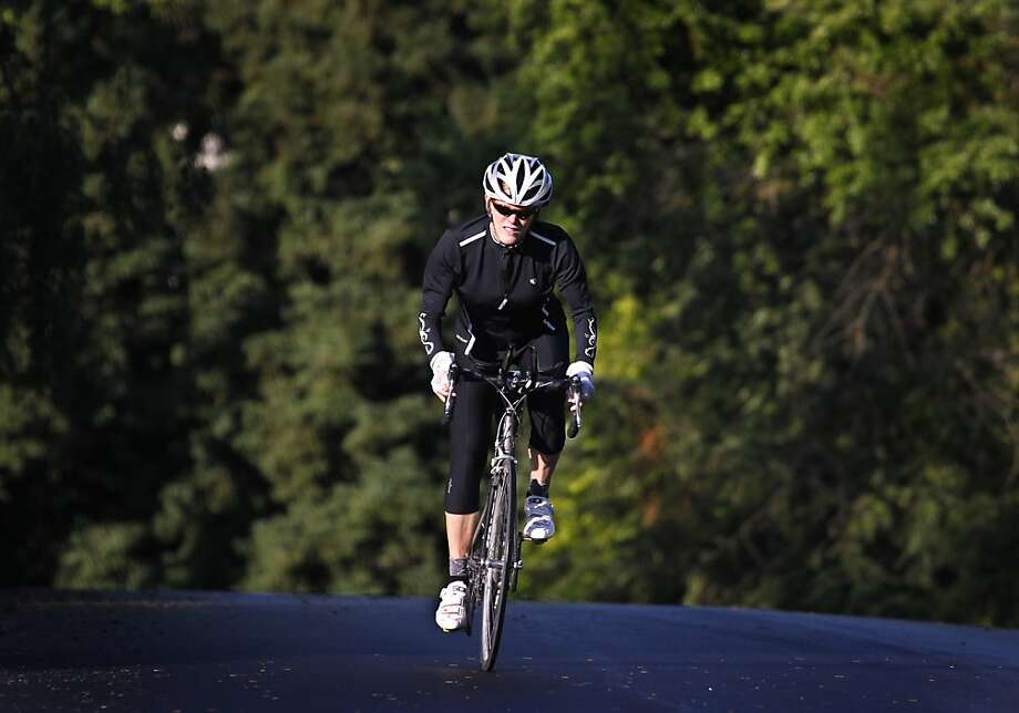 Tracy Achelis trains for a cross-country bike ride near her home in Danville, Calif. on Thursday, April 21, 2011. Photo: Paul Chinn, The Chronicle