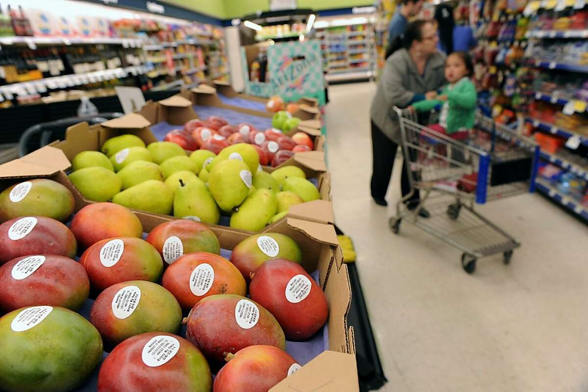 Mangos, pears and other healthy choices are available at Walgreens at 43rd Avenue in the Outer Richmond on May 16, 2011. This store is one of 30 stores in the Bay Area where the drug chain is rolling out a pilot program stocking fresh fruit, vegetables and other healthy food options.