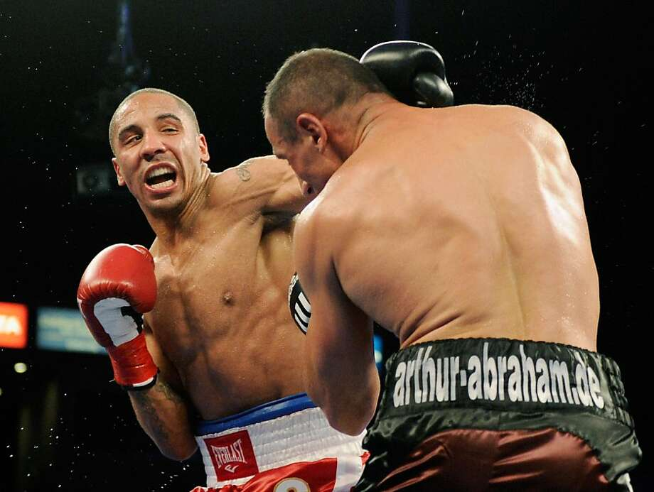 CARSON, CA - MAY 14:  Andre Ward throws a punch against Germany's Arthur Abraham during the 11th round to defend his WBA super middleweight title and advance to the Super Six tournament final at the Home Depot Center on May 14, 2011 in Carson, California. (Photo by Kevork Djansezian/Bongarts/Getty Images) Photo: Kevork Djansezian, Bongarts/Getty Images
