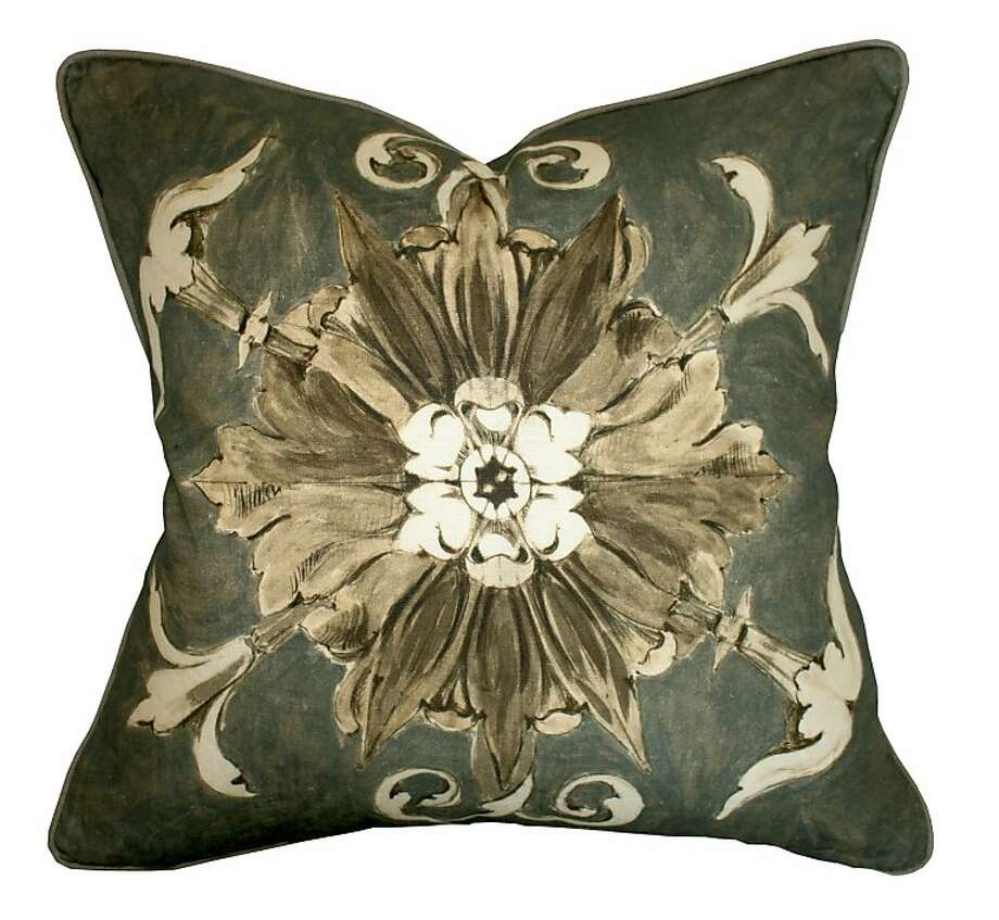 Heast Castle Collection pillows by Barclay Butera Home Photo: Barclay Butera Home