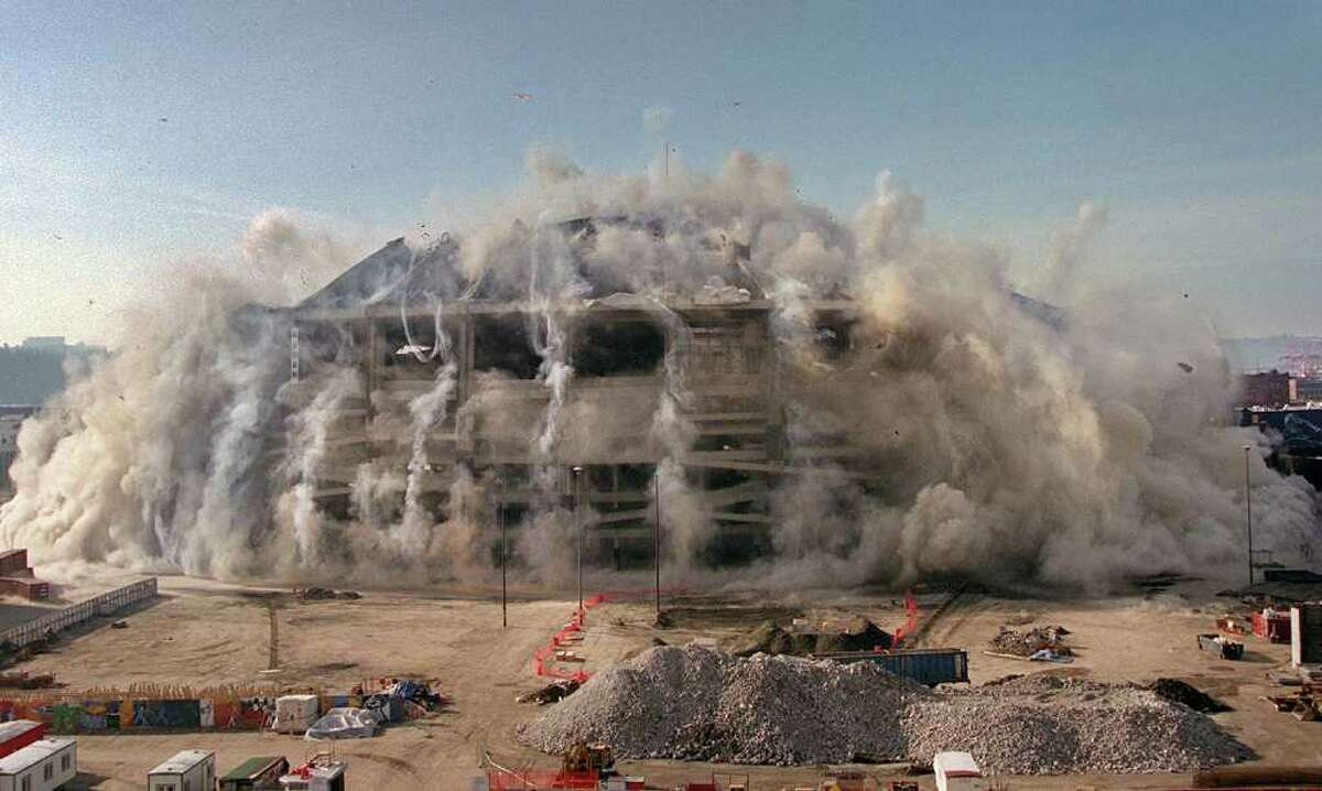 The Kingdome implosion from King Street looking south. Kingdome blown in to make room for new football stadium