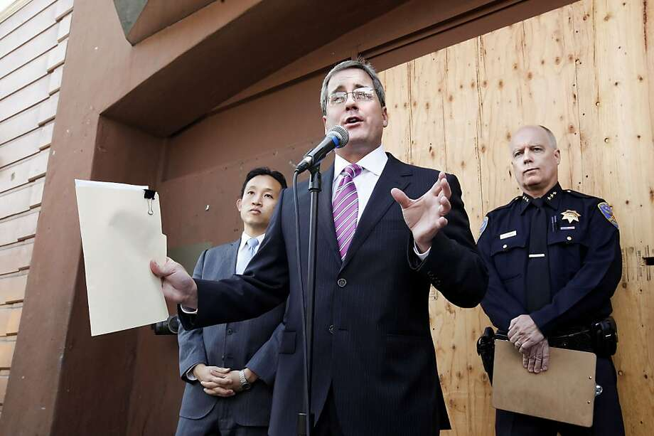 """San Francisco City Attorney Dennis Herrera, (center) is joined by Board of Supervisors President David Chiu, (left) and Assistant Police Chief Kevin Cashman, in front of the much maligned nightclub, """"Suede""""  in San Francisco, Calif.  on Thursday Apr. 15, 2010, as Herrera announces that he has filed a lawsuit to shut down the club after a shootout last February left one person dead and four others wounded. The club is currently closed after their license was revoked for thirty days on April 5th. Photo: Michael Macor, The Chronicle"""