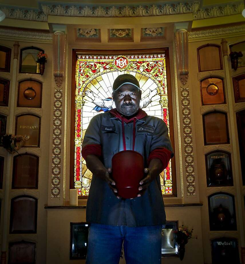 Emmitt Watson, seen on Wednesday, March 16, 2011 in San Francisco, Calif., is the caretaker and historian at the Columbarium in the Richmond district. Photo: Russell Yip, The Chronicle