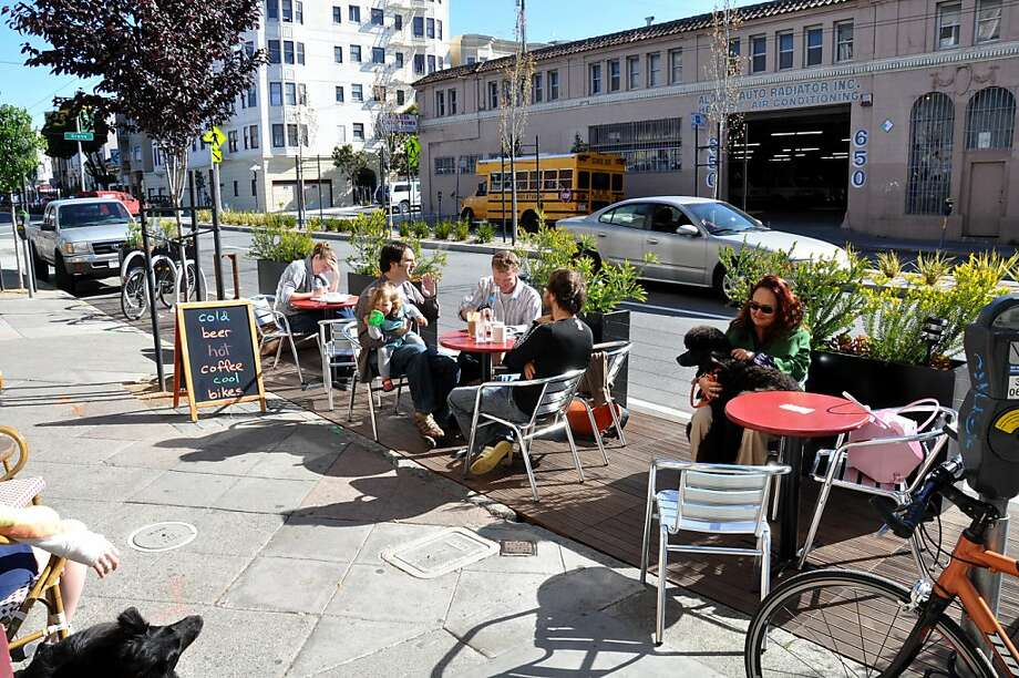 The Divisadero Parklet Photo: Jeremy Shaw