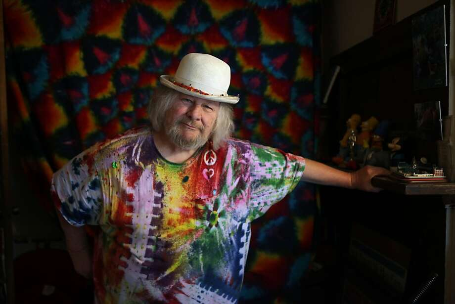 Wavy Gravy is seen in his meditation room at his home on Monday, April 1, 2011 in Berkeley, Calif. Photo: Lea Suzuki, The Chronicle