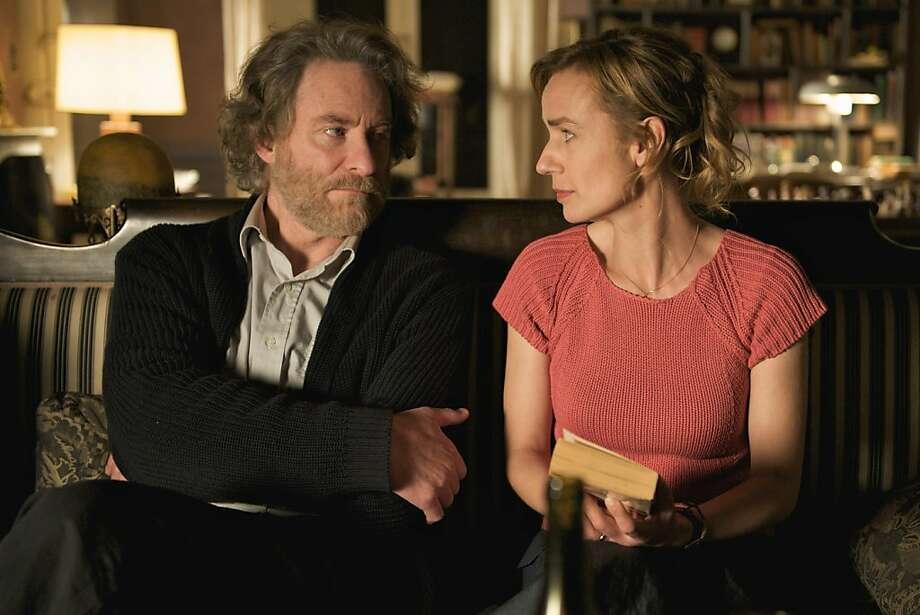 Kevin Kline and Sandrine Bonnaire in QUEEN TO PLAY, a film by Caroline Bottaro. A Zeitgeist Films release. Photo: Patrick Glaize, Zeitgeist Films