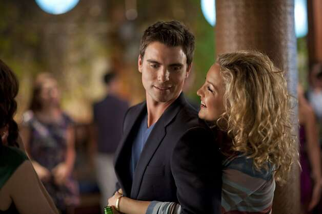(L-r) COLIN EGGLESFIELD as Dex and KATE HUDSON as Darcy in Alcon EntertainmentÕs romantic comedy ÒSOMETHING BORROWED,Ó a Warner Bros. Pictures release. Photo: David Lee, Warner Bros.